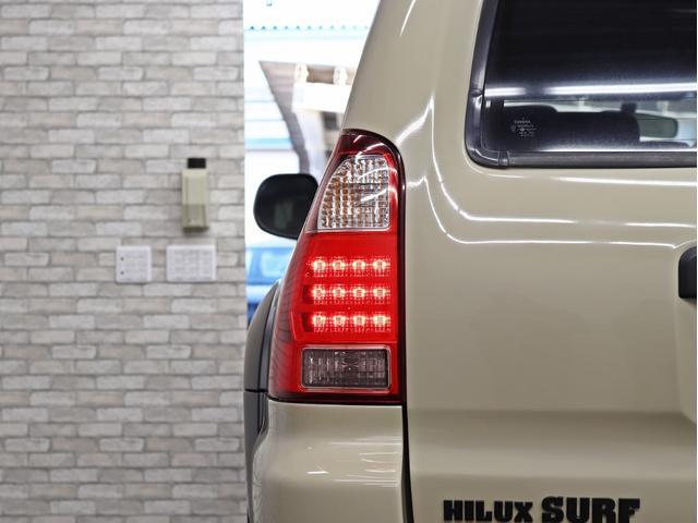 SSR-X Vセレクション HDDナビ オリジナルヴィンテージグリル リフトアップ 新品17インチアルミホイール 4連イカリングヘッドライト(17枚目)