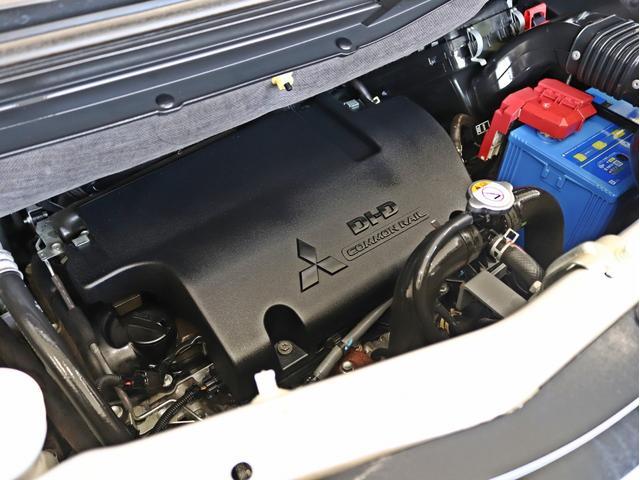 シャモニー 4インチボディーリフトUP 1オーナー 両側電動パワーS Fダウンモニター 新品AW JAOSフロントスキッドバー ルーフキャリア リアラダー ヒッチキャリア ベッドキット サブバッテリー 8人乗り(59枚目)