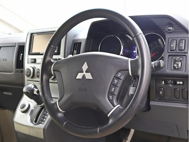 G パワーパッケージ 1オーナー 両側電動パワーS KADDISエアロボンネット 4インチリフトアップ JAOSオーバーフェンダー 16インチ新品アルミホイール LEDイカリングヘッドライト 8人乗り 4WD(31枚目)
