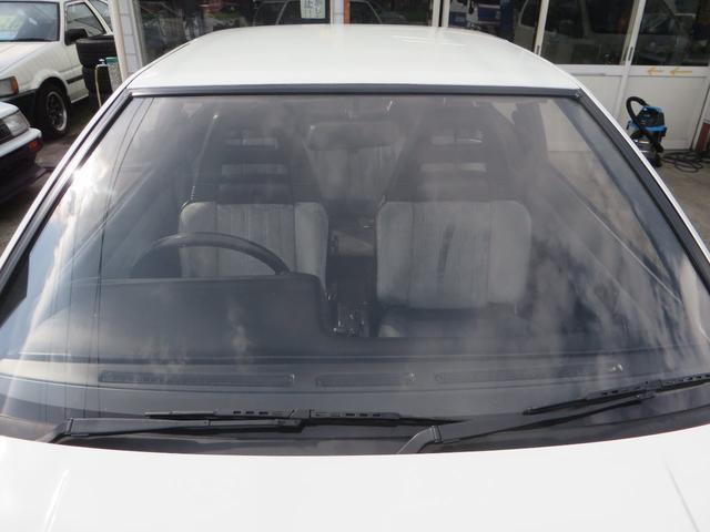 購入される方は、ボンネットを開けての運行前点検がご自身で出来る方に限らせて頂きます。旧車の為、オイル消費(オイル上がり下がり)します。エンジンオイル量は運転前に毎回確認してください。