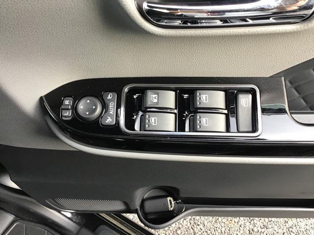 カスタムXセレクション 衝突被害軽減ブレーキ(次世代スマアシ) シートヒーター シートバックテーブル LEDヘッドライト&フォグランプ バックカメラ 両側電動スライドドア アルミホイール(36枚目)