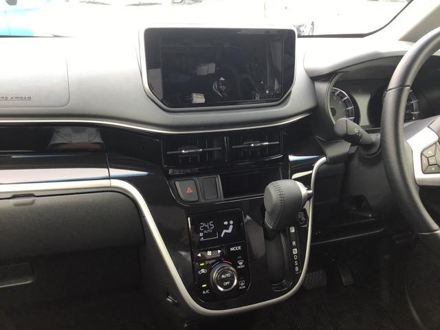 カスタム RS ハイパーリミテッドSAIII ターボエンジン パノラマカメラ 運転席シートヒーター 衝突被害軽減ブレーキ(スマートアシスト3) 横滑り防止装置 LEDヘッドライト&フォグランプ 15インチアルミホイール プッシュボタンスターター(14枚目)