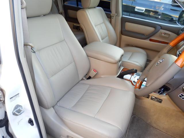 トヨタ ランドクルーザー100 最終型 本革 イルミサイドステップ マルチレス サンルーフ