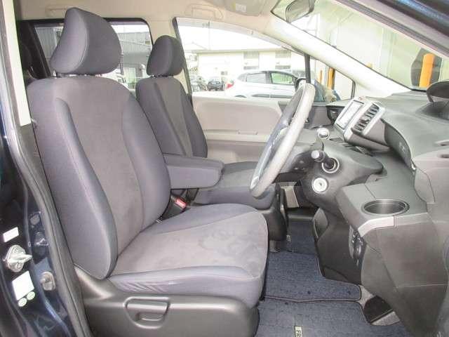 G 助手席リストアップシート 純正HDDナビ ETC リアカメラ ワンセグ ディスチャージヘッドライト オートライトコントロール 助手席側パワースライドドア ワンオーナー(15枚目)