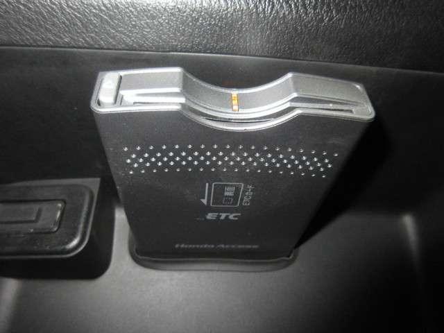 RSZ 純正HDDナビ ミュージックサーバー ETC リアカメラ キーレス ディスチャージヘッドライト フォグライト 純正17インチアルミホイール(13枚目)