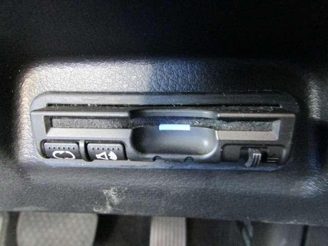 ハイブリッドX メモリーナビ フルセグ Bluetooth リアカメラ ETC LEDヘッドライト フォグライト ホンダセンシング スマートキー サイドカーテンエアバッグ 禁煙 ワンオーナー(6枚目)