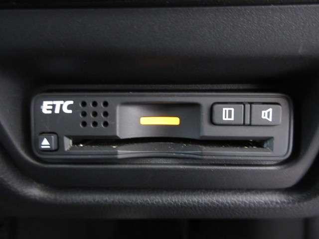スパーダ・クールスピリット ホンダセンシング メモリーナビ リアカメラ フルセグ ミュージックサーバー Bluetooth ETC ドライブレコーダー リア両側パワースライドドア 17インチアルミホイール LEDヘッドライト 禁煙 ワンオーナー(13枚目)