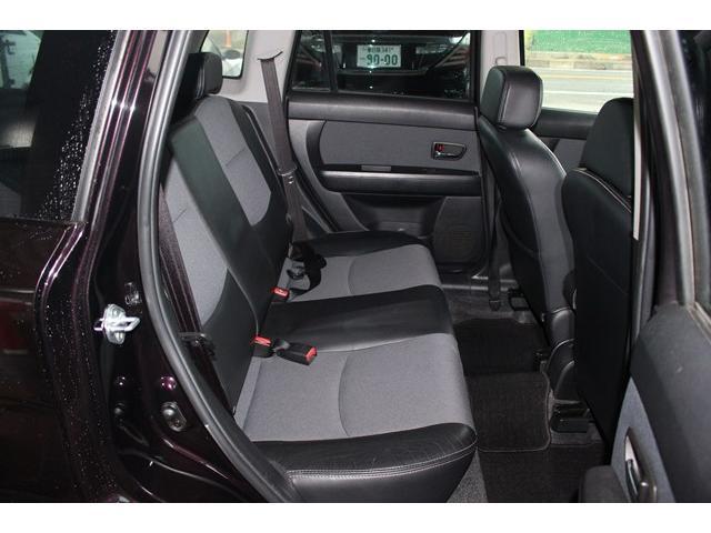 リヤシートも広く快適なドライブが楽しめます!