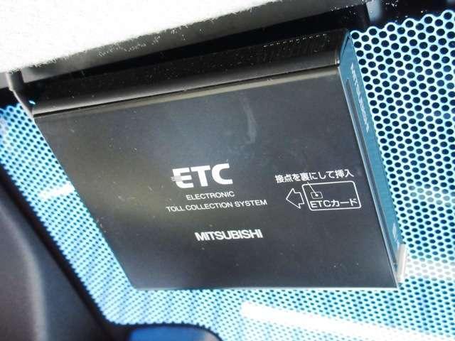 ホンダ フィットハイブリッド Fパッケージ 純正メモリーナビRカメラ ETC 1オーナー