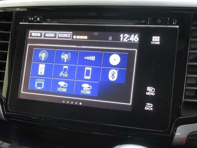ホンダ純正メモリーナビが装着されております。AM、FM、CD、DVD再生、フルセグTV、Bluetoothがご使用いただけます。初めて訪れた場所でも道に迷わず安心ですね!