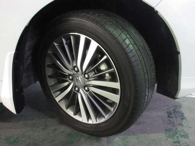 215/55R17ホンダ純正アルミホイール。 新品タイヤに交換します!