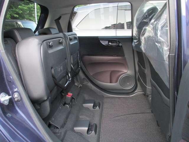 プレミアム ツアラー4WD ディスプレイオーディオ ETC シートヒーター(11枚目)