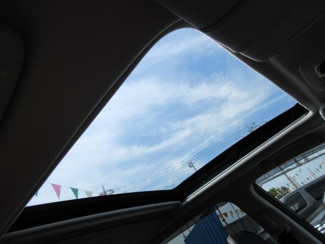 2.0XTアイサイト 大型サンルーフ 黒革 ナビTVカメラ(14枚目)