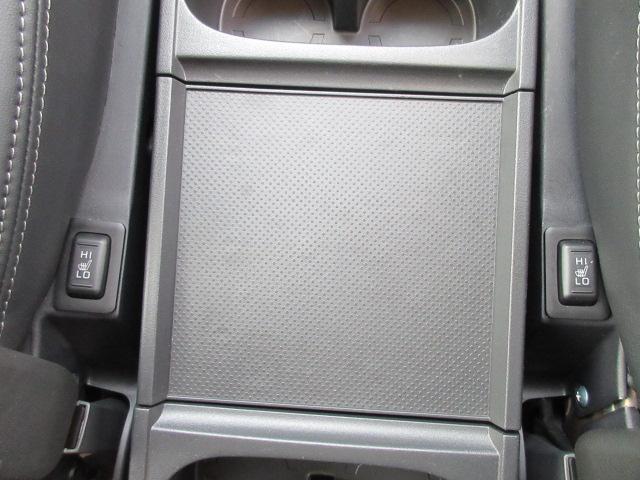 「三菱」「デリカD:5」「ミニバン・ワンボックス」「埼玉県」の中古車32