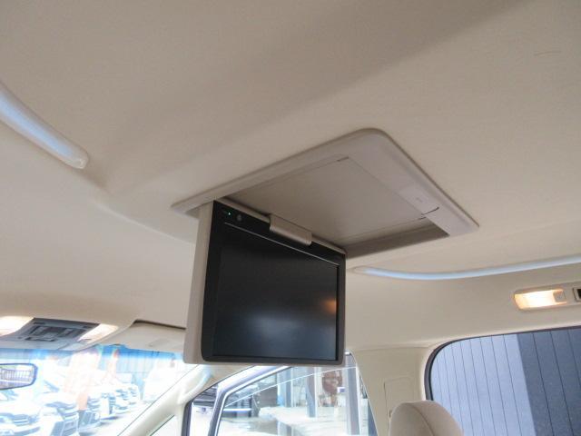 2.5X 9型ナビTVカメラ 天井モニター 両側自動ドア(3枚目)
