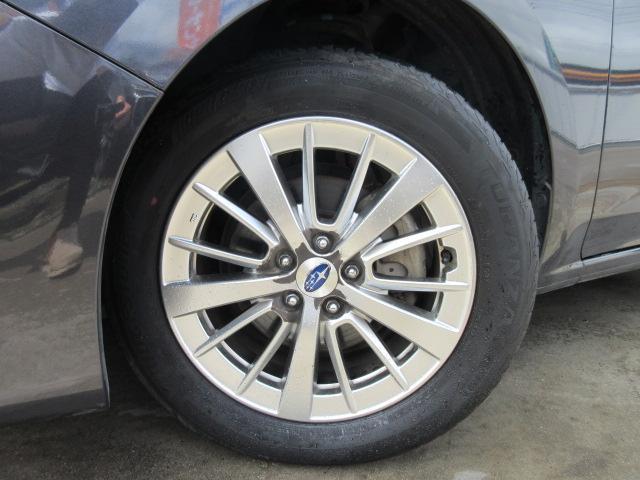 1.6i-Lアイサイト 4WD・カロッツェリアナビ・CD・DVD・フルセグTV・スマートキー・Pスタート・純正16AW・ETC・リアコーナーセンサー・レーダークルーズ・革ステ・パドルシフト・リアスポイラー・LEDライトフォグ(6枚目)