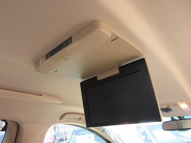 2.4V 後期型・ワンオーナー車・純正8型HDDナビ・フルセグTV・全周囲カメラ・両側自動ドア・電動リアゲート・助手席&2列目オットマン・純正フリップダウンモニター・クルコン・コンビハンドル・純正アルミ(3枚目)