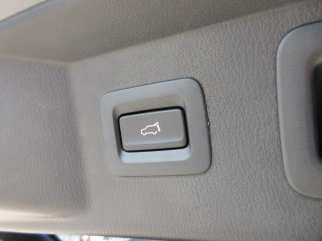 XD Lパッケージ 4WD ワンオーナー車・ブラウン本革シート・シートヒーター・ステアリングヒーター・左サイドカメラ・バックカメラ・リアコーナーセンサー・SCBS・BSM・メモリーシート・アルパインフリップダウンモニター(21枚目)