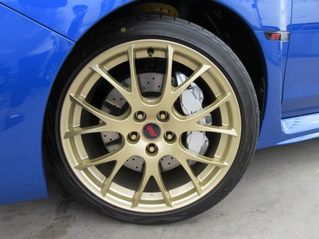 STI EJ20ファイナルエディション・最終型・555台限定抽選車・特別仕様車・ワンオーナー車・走行500km・レカロ半革・大型リアスポ・専用19ゴールドアルミ・8型ナビTV・フロント&左サイド・Bカメラ(5枚目)