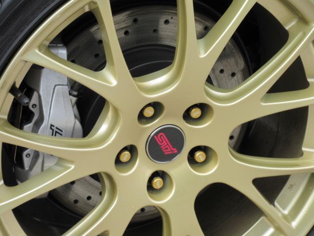 STI EJ20ファイナルエディション・最終型・555台限定抽選車・特別仕様車・ワンオーナー車・走行500km・レカロ半革・大型リアスポ・専用19ゴールドアルミ・8型ナビTV・フロント&左サイド・Bカメラ(50枚目)