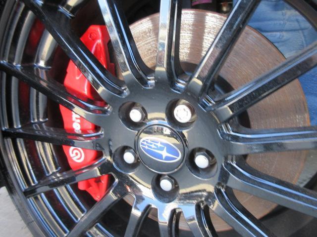 STIスポーツ ・6速MT・ワンオーナー・カロッツェリアナビ・フルセグTV・ワインハーフレザーシート・シートヒーター・ブレンボキャリパー・STiタワーバー・STi18アルミ・デイライナー・クルコン・Rスポイラー(5枚目)
