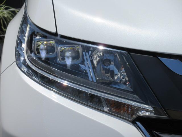 アブソルート・ホンダセンシング ・後期型 純正9型ギャザーズナビ フルセグTV Bカメラ ETC 革調シートカバー 運転支援システム CMBS 両側自動ドア LEDライト LEDフォグ 純正18アルミ サンシェード ホンダセンシング(10枚目)