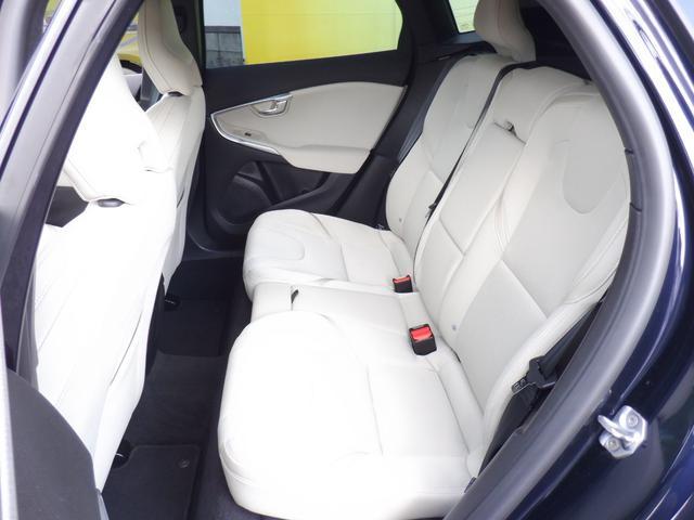 クロスカントリー D4 SE 1オーナー ディーゼル車 セーフティパッケージ 純正ナビ フルTV バックカメラ ACC 衝突軽減 パドルシフト アイドリングストップ HID スマートキー ETC 運転席パワーシート・メモリーシート(18枚目)