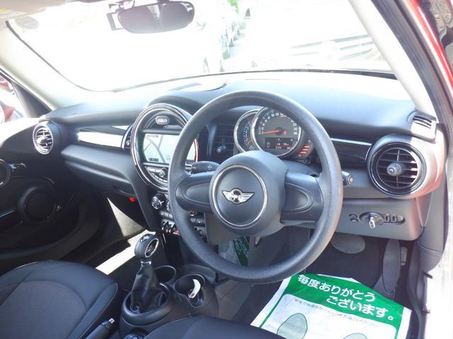 ワン 5ドア 1オーナー 純正ナビ スマートキー シートヒーター 前後ドライブレコーダー ETC アイドリングストップ AUX USB Bluetooth  musicコレクション(14枚目)
