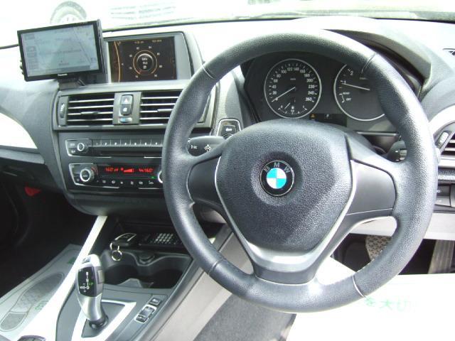 BMW BMW 116i スタイル 1年保証 SDナビ Bカメラ ハーフ革