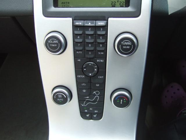 ボルボ ボルボ V50 2.0eパワーシフト 1年保証 白本革 純ナビ HIDETC