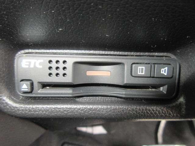 Sパッケージ 純正メモリーナビ Bluetoothオーディオ ETC フルセグ Rカメラ 追突軽減・あんしんブレーキ クルーズコントロール 純正アルミホイール(12枚目)