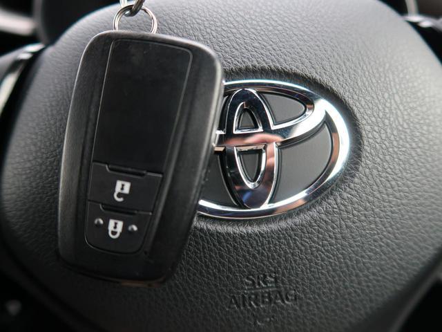 「トヨタ」「C-HR」「SUV・クロカン」「埼玉県」の中古車11