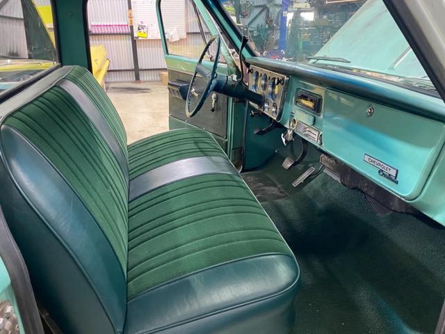 「シボレー」「シボレーC-10」「SUV・クロカン」「千葉県」の中古車22