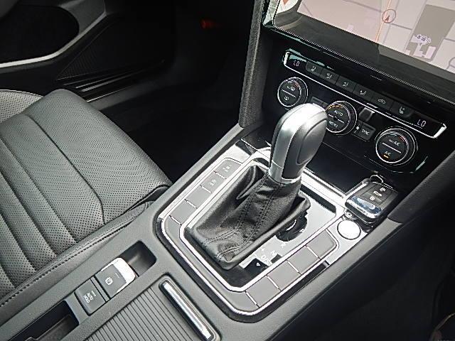 TDIハイライン サンルーフ 禁煙車 新車保証付(15枚目)