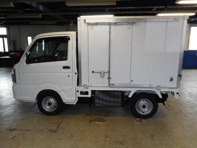 日産 NT100クリッパートラック -5度から20度中温保冷車