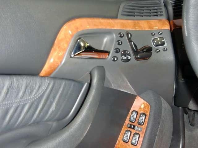 メルセデス・ベンツ M・ベンツ S320 黒革 サンルーフ
