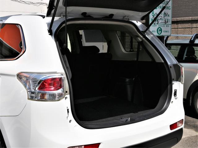 24Gナビパッケージ HID フォグ 純18inAW 純ナビ 地デジ Bカメラ 電動Bドア プッシュスタート スマートキー 本革巻きH パドルシフト ステコン AA/C パートタイム4WD ETC(29枚目)