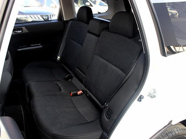 2.0XT 4WD 純HDDナビ SI DRIVE 革ステ(16枚目)