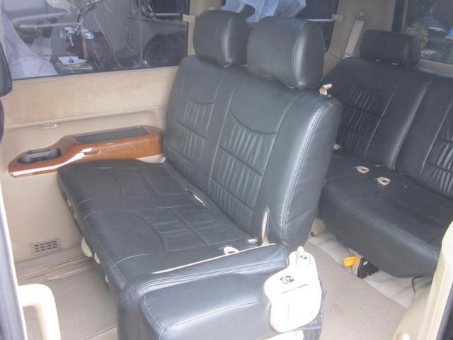 ホンダ ステップワゴン G HDDナビ フルエアロ エアサス公認