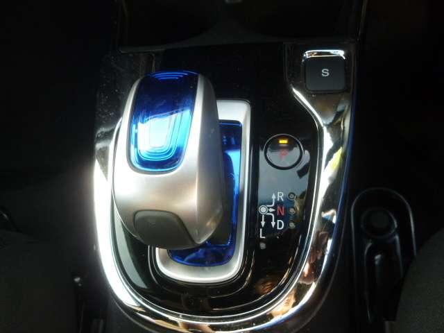 ホンダ フィットハイブリッド Sパッケージ コーナーセンサー,スマートキー,フルセグ
