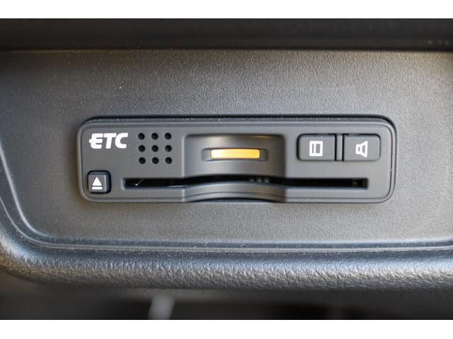 ハイブリッドアブソルート・ホンダセンシングEXパック 両側パワースライドドア 本革シート 後席モニター 純正ナビ マルチビューカメラ フルセグTV シートヒーター 電動シート エンジンスターター ETC LEDライト スマートキー 保証付き(26枚目)