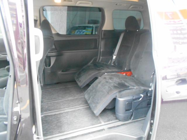 《安心の納車前整備!》国産・輸入車を問わず、提携工場にて熟練の整備士さんがしっかり整備をいたします。消耗品や壊れやすい箇所も点検・交換を済ませてご納車!安心してドライブ頂けます。