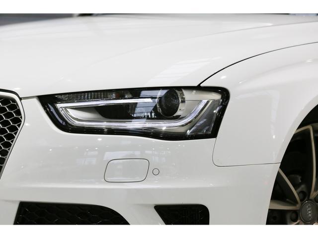 アウディ アウディ RS4アバント パノラマサンルーフ 純正20インチAW 黒革