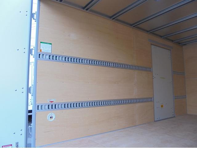 いすゞ エルフトラック 2トン アルミバン Eカーゴ ワイド ロング 左ドア