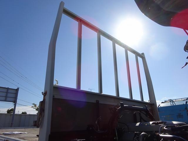 三菱ふそう キャンター 平ボディ 2トン積み ワイド ロング 全低床