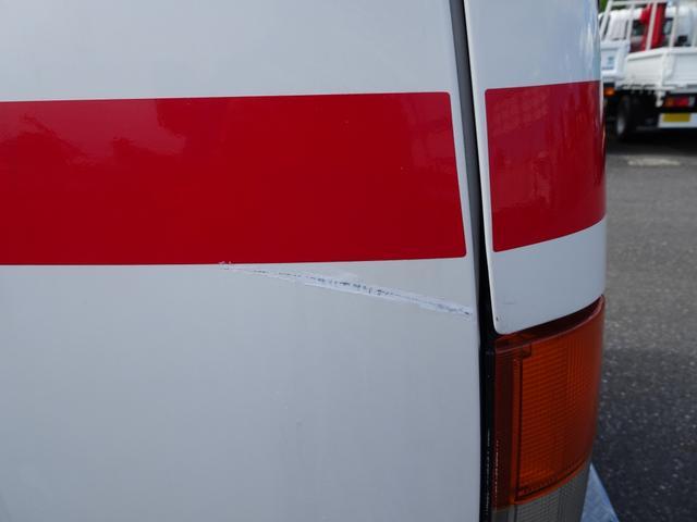 グランビア 患者輸送車 患者搬送車 2WD 7人乗り AT(19枚目)