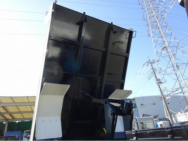 4トンダンプ 極東開発 標準幅 ベッドレス 3650kg積み(14枚目)