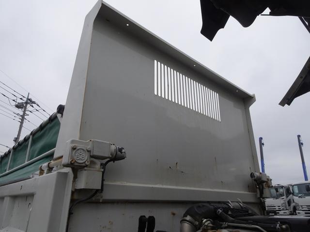 強化ダンプ 新明和工業 電動コボレーン付 2t積み(16枚目)