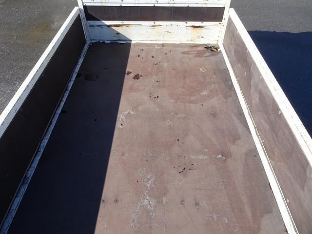平ボディ 標準幅 10尺 4ナンバー 床板張り 2t積み(7枚目)