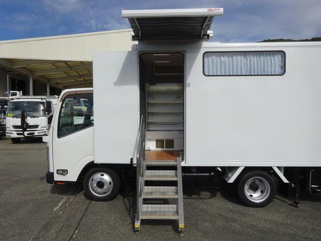 移動販売車 コンビニ 冷凍機 ガソリン発電機 0.45t積み(12枚目)